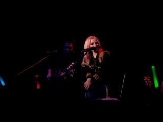 Avril Lavigne - THE BEST DAMN TOUR, Live In Toronto (2008)