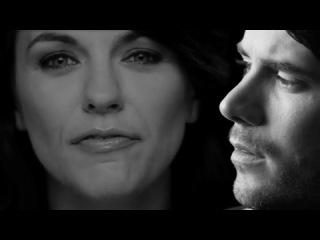 Revolverheld feat. Marta Jandov - Halt Dich an mir fest