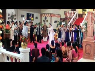 O Chori Gori Gori; Akhiyon Se Goli Mare - Свадебный переполох (2002)