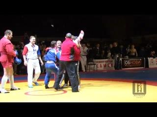 Финальный поединок Фёдора Емельяненко на чемпионате России по боевому самбо 2009. + Церемония награждения.