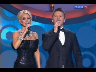 Лара Фабиан поёт на французском и на русском. Песня года 2010.