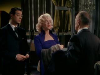 Джентльмены предпочитают блондинок / Gentlemen Prefer Blondes / Мэрилин Монро / Marilyn Monroe / Для мужчины богатство - то же, что для девушки красота / Вы не кажетесь глупой! - Когда нужно, я умная