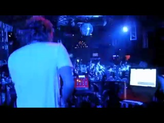 Adam Freeland - Under Control [Alex Metric REMIX] Live