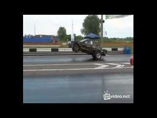Впервые в России, отрыв передних колес на старте!
