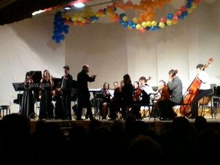 Бах. Концерт ре мажер для трех скрипок с оркестром
