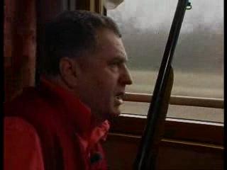 Жирик [[[ ххх серьезный ПАЦАН в натуре охотится из окна поезда по уткам курам бах