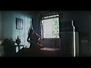Превратности женской судьбы / Aurat Aurat Aurat (1996).   Индийский фильм.