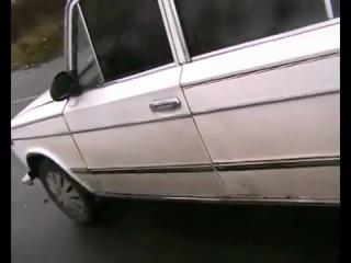 ZAZ 968 M vs VAZ 2103