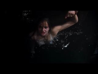 Долгий поцелуй на ночь (1996) Весьма забавный фильм