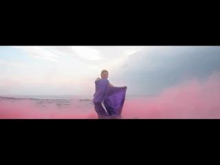 Клип: DJ Tiesto & Allure feat. Jes - Show Me The Way