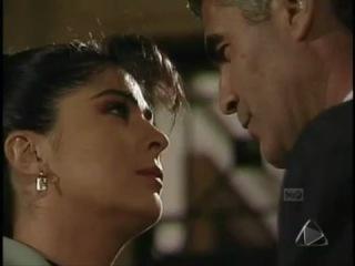 Victoria Ruffo y Saúl Lisazo (Elena y Juan Alberto) - Te amo.