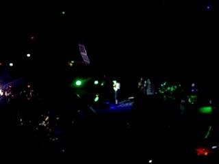 отрывки с концерта Avril Lavin