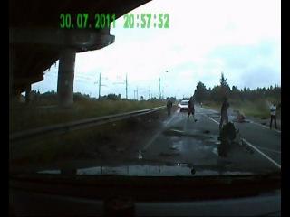 Последствия ДТП 30.07.2011 18 км 200 м а/д Кр.Село-Гатчина-Павловск
