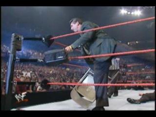 Backlash 2001.Last Man Standing Match.Shane McMahon vs.The Big Show