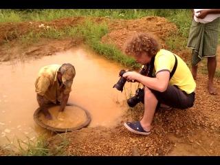 Сьемки добычи драгоценных камней на Шри-Ланке