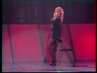 Mylene Farmer - Deshabillez-moi (29.04.1988) TF1