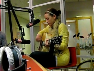 Amy Macdonald This is the Life live i Äntligen morgon Mix Megapol