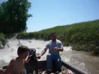 Веселая прогулка по реке