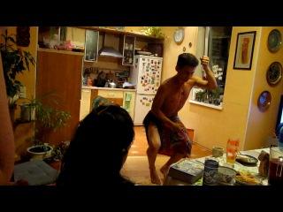 Шамиль, гавайский танец!