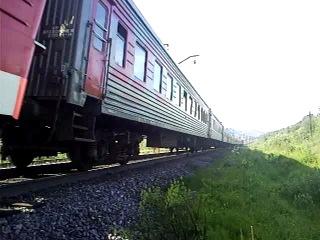 Электровоз ВЛ65-048 с поездом Мурманск-Москва на перегоне Мурманск-Кола
