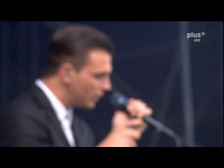 Hurts - Unspoken (Live@ Rock am Ring 2011)