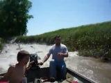 Рыба атакует лодку ксв