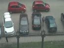Заперли мужика на парковке