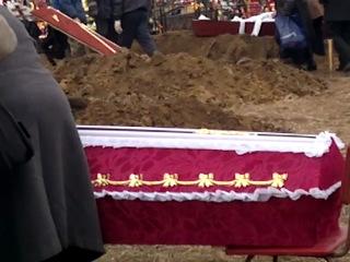 Похороны Вадима Глухова гитариста легендарной гр.Сектор Газа (любительская сьёмка)