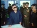 Любимый товарищ Ким Чен Ир руководит на месте работой цеха зубной щётки