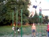 Street-Workout Dolinska - Луна и солнышко на турнике