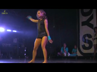 Cha Cha vs Noelle - FINALS - WAACKING - BBOY SUMMIT 2010