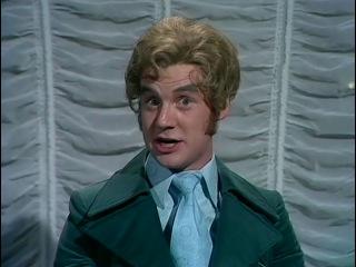 «Летающий цирк Монти Пайтона» / Monty Python's Flying Circus - Сезон 3 / Серия 2 - Mr. and Mrs. Brian Norris' Ford Popul