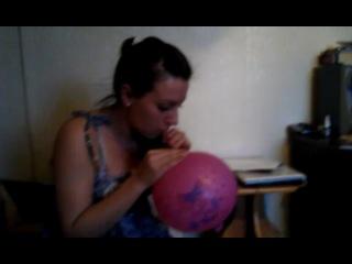момент из жизни гейчиков. (2) шарик с гелием