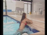 SEXY GIRL DROWN A MAN Underwater smothering funny -)