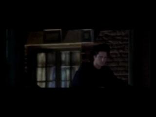 Саааамый мой любимый фильм про вампиров!! Это не сумеречное