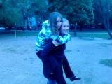 Катя и Аня-Игого лошадка