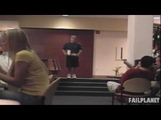 Нарезка неудачных трюков и падений на ступенях