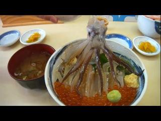 Существует японское блюдо, в котором мёртвый осьминог «танцует» на тарелке!