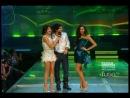 Нина, Йен, Селена Гомес и Джастин Бибер на сцене 2011 Muchmusic Video Awards