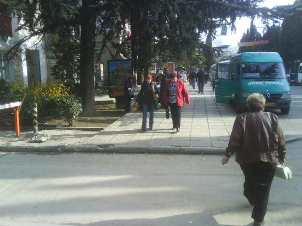 Фотопрогулка по Ялте (иду от автовокзала через Набережную , в другой конец города)