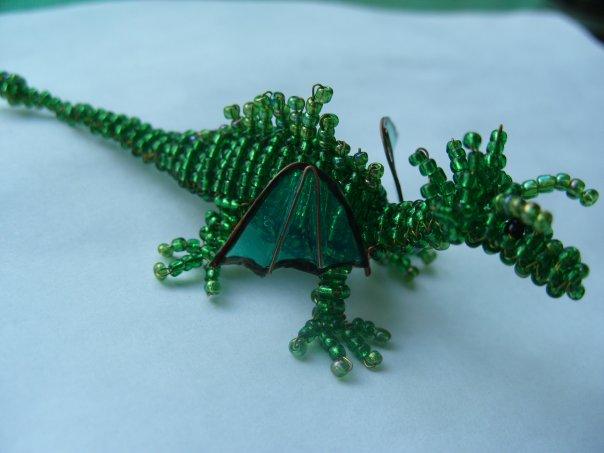 Схема плетения большого дракона из бисера.  До Нового Года еще есть немного времени и, если Вы обладаете достаточным...