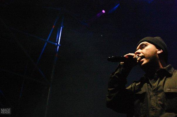 """Концерт Смоки Мо - """"Выход из темноты"""". Главклуб, СПБ 14.11.09 [Live] (Часть 1 и 2)"""
