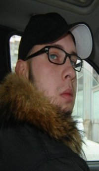 Виталий Хлюстов