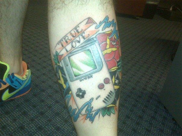 Татуировки фанатов Nintendo, GameBoy etc.