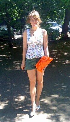 Сшила сумочку -клатч, и топ( узор из маленьких сумочек и цветочков)