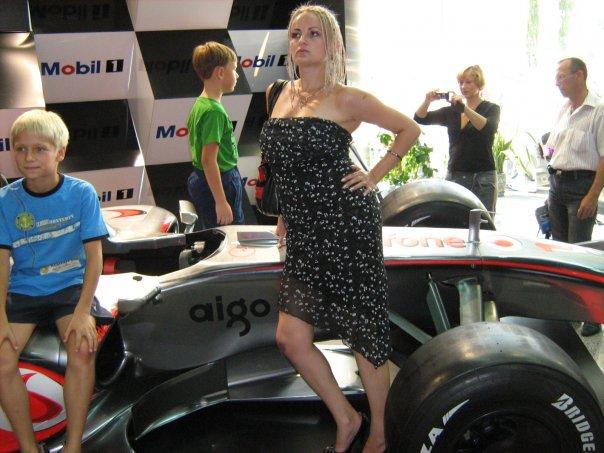 Мои путешествия. Елена Руденко. Киев ( Авто шоу ) 2009 г.  X_723d3ca5