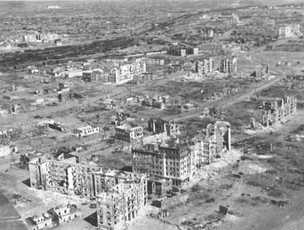 Сталинград: великая победа великой войны! X_7985fcdb