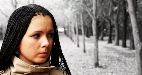Тенденции 2011 длинные косые челки