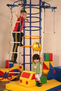 детские спортивные уголки маленьких