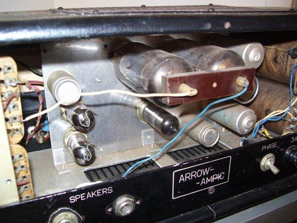 Построен на лампах 6Н1П,6Н2П-ЕВ ,6Н6П в преде, и две 6П45С в оконечнике.  Цена 130у.е.Также возможен обмен...